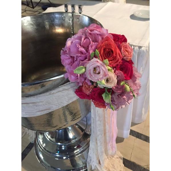 Διακόσμηση Κολυμπήθρας 'Ρομαντική Δαντέλα και Λουλούδια'