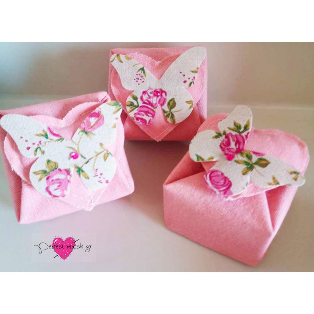 317265e57f Μπομπονιέρα Γάμου - Βάπτισης Λινό Κουτί με Floral Πεταλούδα