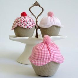 Μπομπονιέρα Γάμου - Βάπτισης  Αρωματικό Υφασμάτινο Cupcake