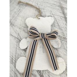 Μπομπονιέρα Βάπτισης Λευκό Κρεμαστό Αρκουδάκι